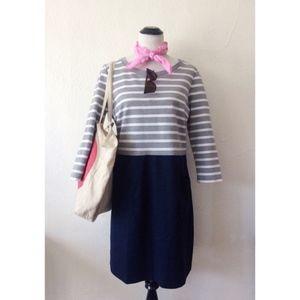 GAP grey+blue striped 3/4 sleeve knee length dress